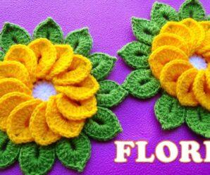 Flores a CROCHET de 12 pétalos con hojitas para Centros de Mesa